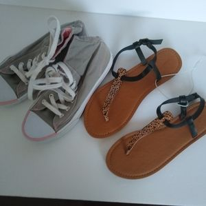 Lot Of 2 Flats Sneaker High top Sandals Size 7.5 U